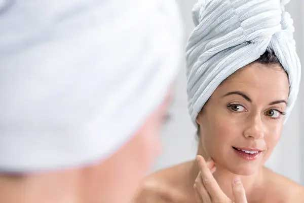 ۲۶ نکتهی مهم برای حفظ زیبایی خانمهای بالای ۳۰ سال